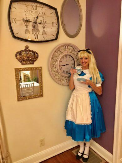 Etiquette with Alice